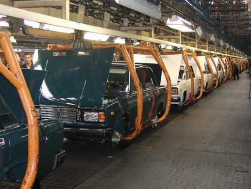 АвтоВАЗ в 2011 году продал на 10% больше автомобилей